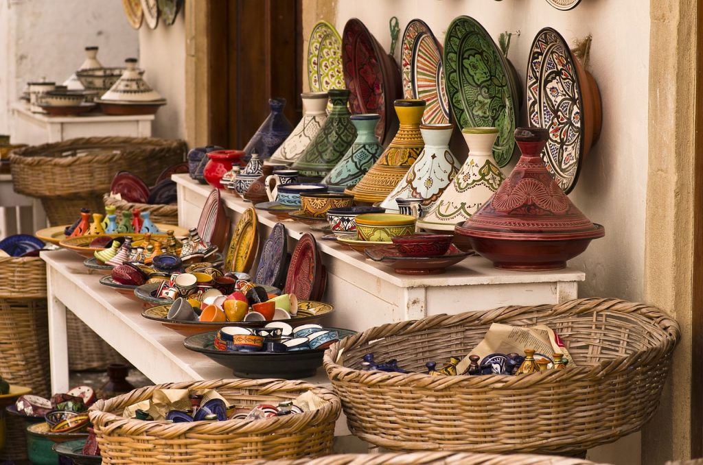 Finest Italian Pottery – Find, Buy & Caring